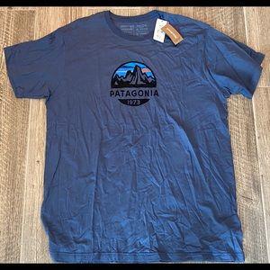 Men's PATAGONIA P6 Organic Cotton T-Shirt NWT XXL